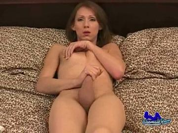 Brazzers sexy latina diamond kitty tiene sexo duro en el trabajo